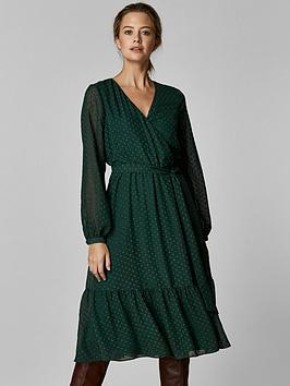 Wallis Wallis Petite Dobby Tiered Midi Dress - Green Picture