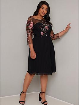 Chi Chi London Curve Chi Chi London Curve Adalee Dress - Black Picture