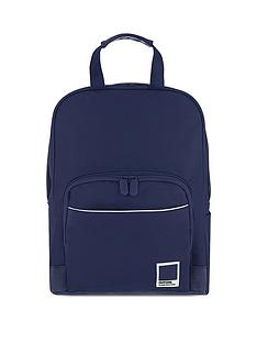 pantone-medium-backpack-mood-indigo