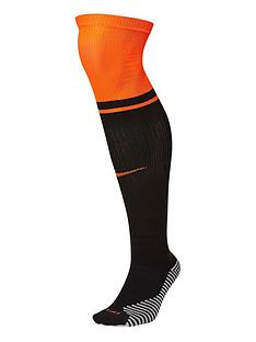 nike-youth-holland-away-euro-20-sock