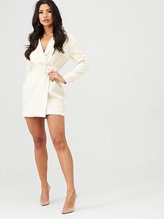 in-the-style-in-the-style-x-stephsa-shimmer-belted-blazer-dress-cream