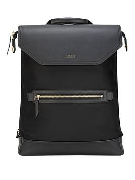 Targus   Newport 15 Convertible 2-In-1 Messenger Backpack - Black