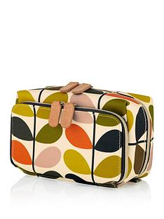 orla-kiely-stem-print-medium-washbag