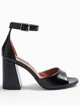 Topshop Topshop Sadie Block Heel Sandal - Black Picture