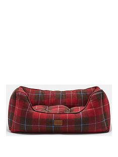 joules-heritage-tweed-collection-square-dog-bed-red