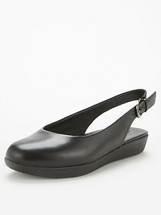 fitflop-sarita-slingback-leather-ballerina-black