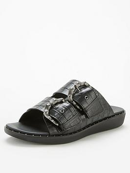 FitFlop Fitflop Kaia Bamboo Buckle Flat Sandal - Black Picture