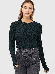 warehouse-leopard-print-crew-neck-top-green