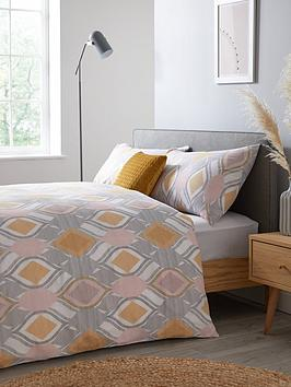 Everyday Collection Everyday Collection Elsie Complete Bed Set Picture