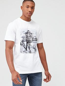 The North Face The North Face Short Sleeve Graphic T-Shirt - White Picture