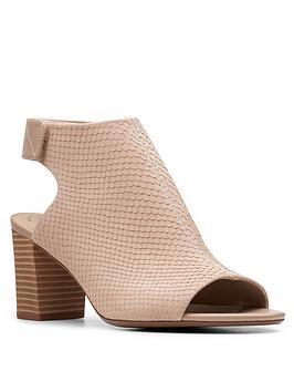 Clarks Clarks Deva Bell Leather Peep Toe Sandal - Sand Picture