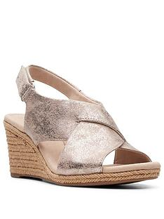 clarks-lafley-alaine-wedge-sandal-pewter