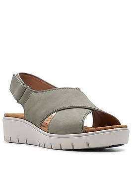 Clarks Clarks Un Karely Sun Low Leather Wedge Sandal - Sage Picture