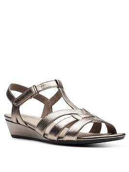 Clarks Clarks Abigail Daisy Low Leather Wedge Sandal - Metallic Picture