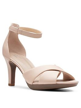 Clarks Clarks Adriel Cove Leather Heeled Sandal - Blush Picture