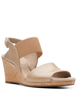 clarks-lafley-lily-leather-wedge-sandal-sand
