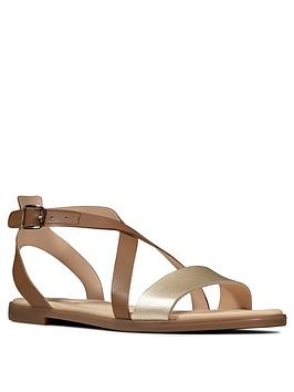 Clarks Clarks Bay Rosie Leather Flat Sandal - Tan Picture