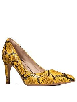 Clarks Clarks Laina Rae Court Shoe - Yellow Picture