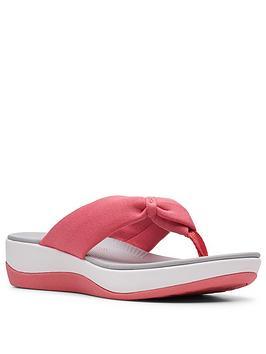 clarks-arla-glison-low-wedge-flip-flop-sandal-raspberry