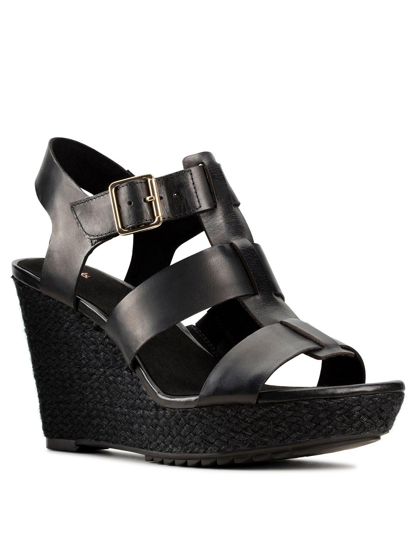 black sandals platform wedge