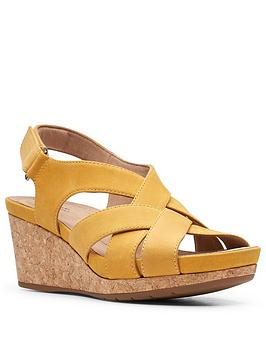 Clarks Clarks Un Capri Step Leather Wedge Sandal - Yellow Picture