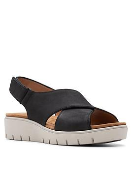 Clarks Clarks Un Karely Sun Leather Wide Fit Low Wedge Sandal - Black Picture