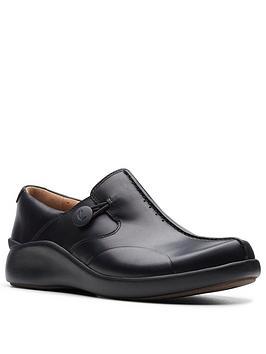 clarks-un-loop2-walk-flat-shoe-black