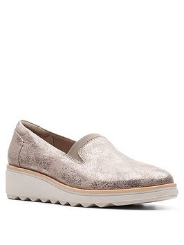 clarks-sharon-dolly-wedge-shoe-pewter