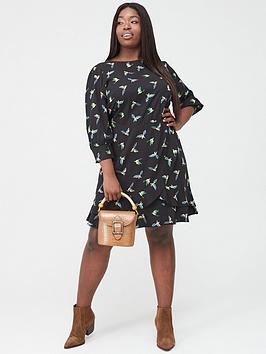 Oasis Curve Oasis Curve Ladder Trim Three Quarter Sleeve Bird Skater Dress  ... Picture