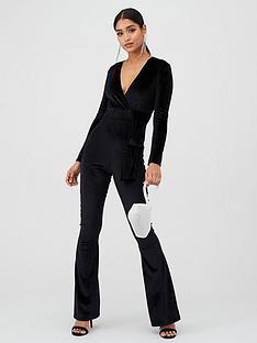 in-the-style-in-the-style-x-billie-faiers-velvet-wrap-draped-jumpsuit-black