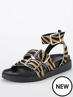 office-stingray-flat-sandals-animal