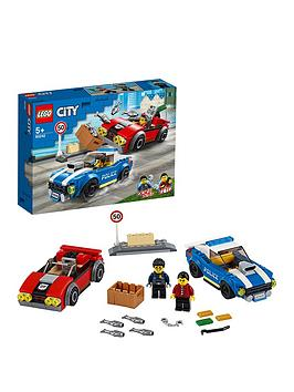 LEGO City  Lego City 60242 Police Highway Arrest With 2 Car Toys