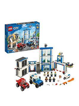 LEGO City  Lego City 60246 Police Station Building Light &Amp; Sound Bricks