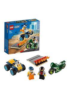 lego-city-60255-stunt-team-with-quad-bike-and-motorbike