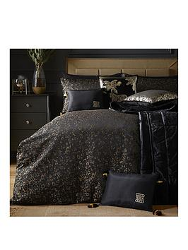 Laurence Llewelyn-Bowen Laurence Llewelyn-Bowen Sleeping Beauty Collection  ... Picture