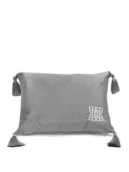 laurence-llewelyn-bowen-sleeping-beauty-collection-concierge-cushion