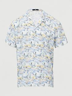 v-by-very-short-sleeved-beach-scene-printed-revere-shirt-white