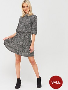 oasis-texture-print-chiffon-plisse-skater-dress-black