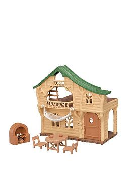 Sylvanian Families Sylvanian Families Lakeside Lodge Picture