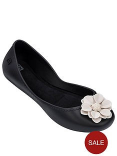 zaxy-start-bloom-contrast-flower-ballerina-black