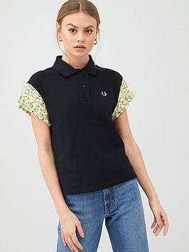 Fred Perry Fred Perry Precis Pleated Sleeve Polo T-Shirt - Black Picture