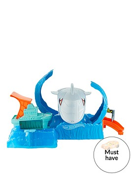 hot-wheels-robo-shark-frenzy