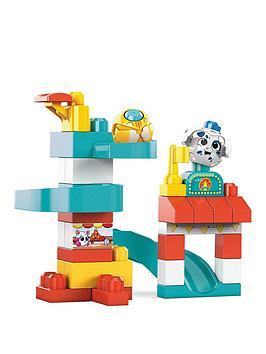 Mega Bloks Peek A Blocks Chase &Amp; Slide Playhouse