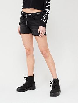 Calvin Klein Jeans Calvin Klein Jeans Mid Rise Shorts - Black Picture