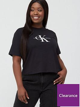 calvin-klein-jeans-plus-monogram-straight-crop-t-shirt