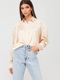 missguided-missguided-satin-raglan-ruched-sleeve-shirt-nude