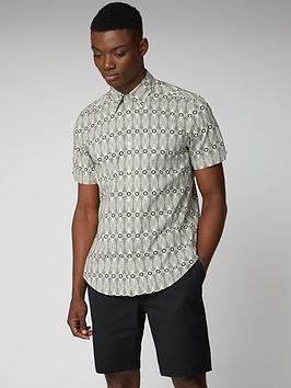 Ben Sherman Ben Sherman Short Sleeve Linear Print Shirt - Ecru Picture