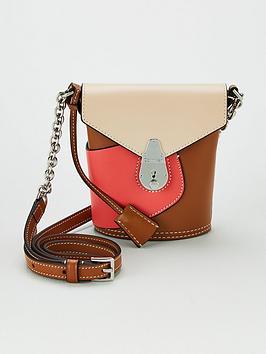 Calvin Klein Calvin Klein Petal Lock Bucket Micro Bag - Coral Picture
