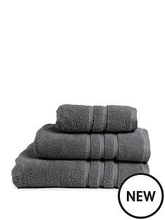 the-lyndon-co-chelsea-600-gsm-super-soft-zero-twist-bath-towel