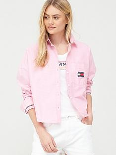 tommy-jeans-tommy-badge-shirt-pink